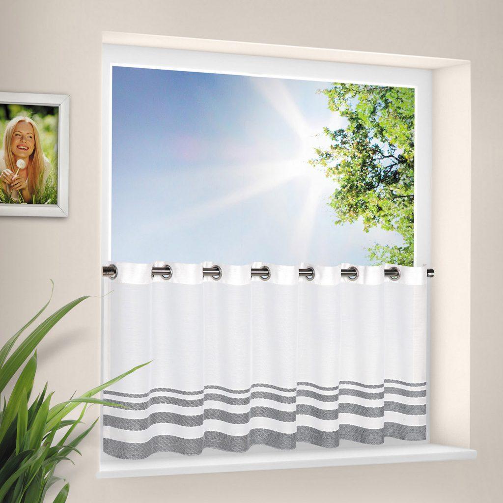 gardinen f r kleine fenster tipps zur gestaltung und auswahl. Black Bedroom Furniture Sets. Home Design Ideas